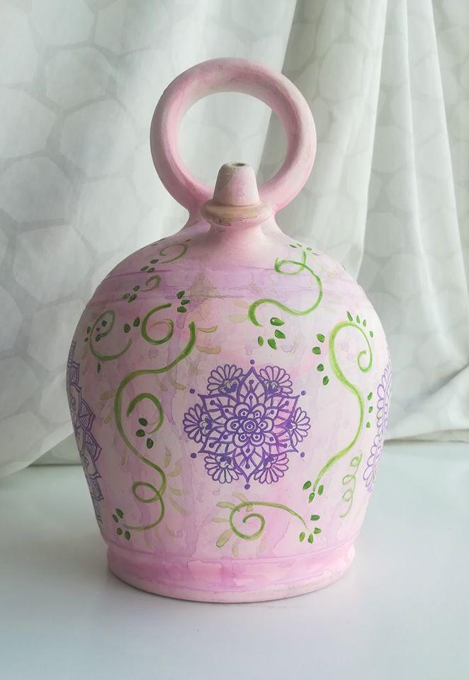 Botijo decorado pintado a mano rosa